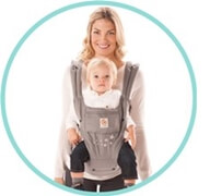 Ergobaby坐墊款銀河灰讓您和寶寶都感到舒適.可根據嬰兒的成長情況,靈活使用嬰兒背帶與坐墊