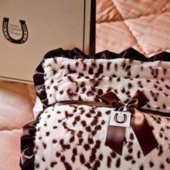 Max Daniel動物紋寶寶毯子粉紅雪豹細節圖