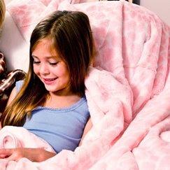 好萊塢明星最愛的動物紋粉紅長頸鹿寶寶毯子