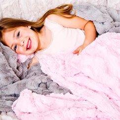 好萊塢明星最愛粉紅貂紋寶寶毯子