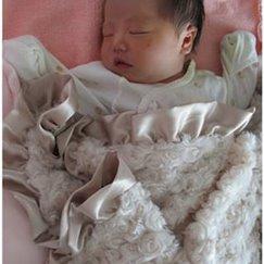 Max Daniel花蕾香檳色安撫巾是寶寶成長的最佳伴侶